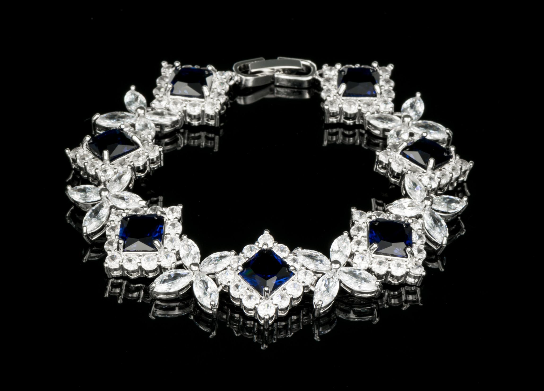 Bratara cu diamante - albastru 1