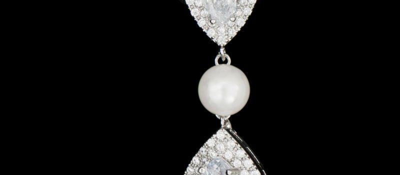 Cercei diamante si perla
