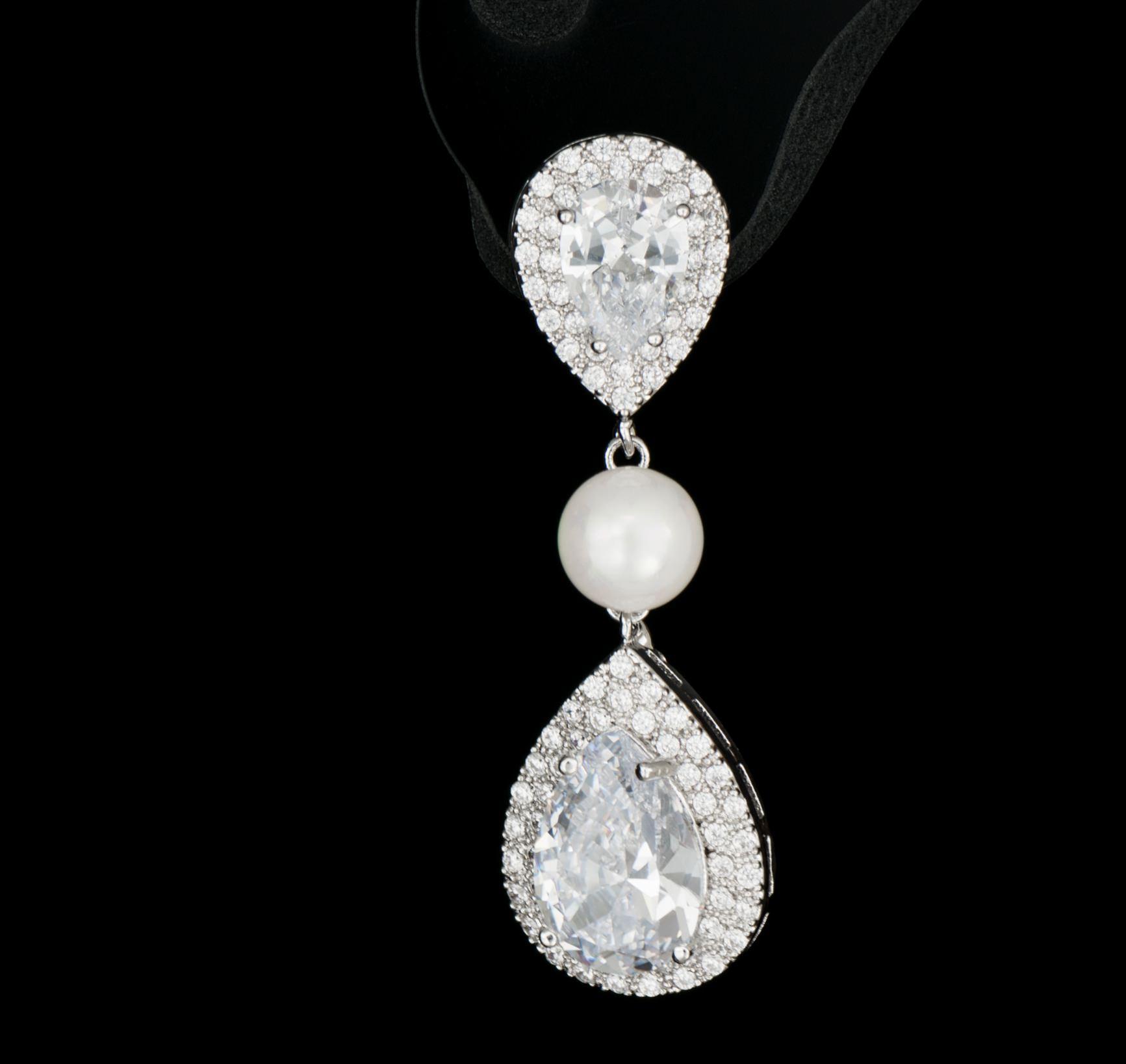 fotografie 360 grade cercei diamante - tangled-design.ro